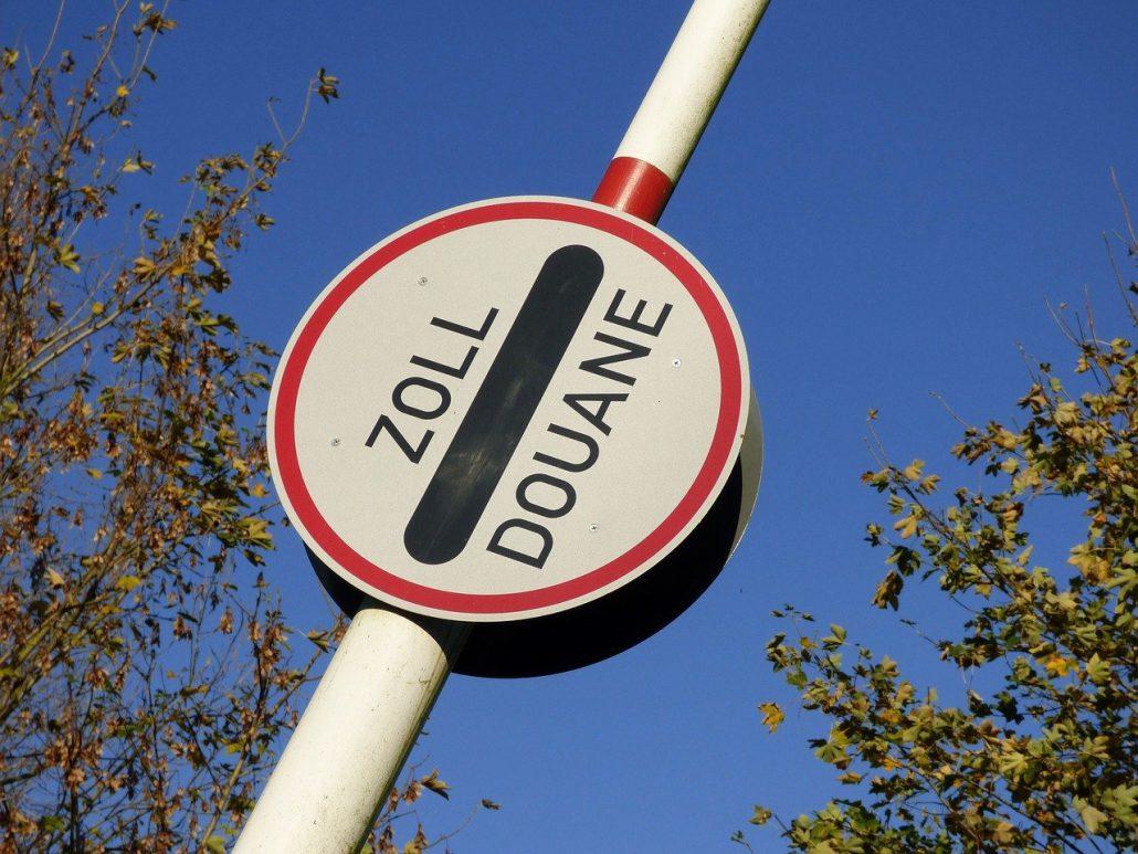 Zollkontrollen im Reiseverkehr und Barmittelverkehr