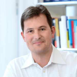 Rechtsanwalt und Steuerberater Nils Obenhaus