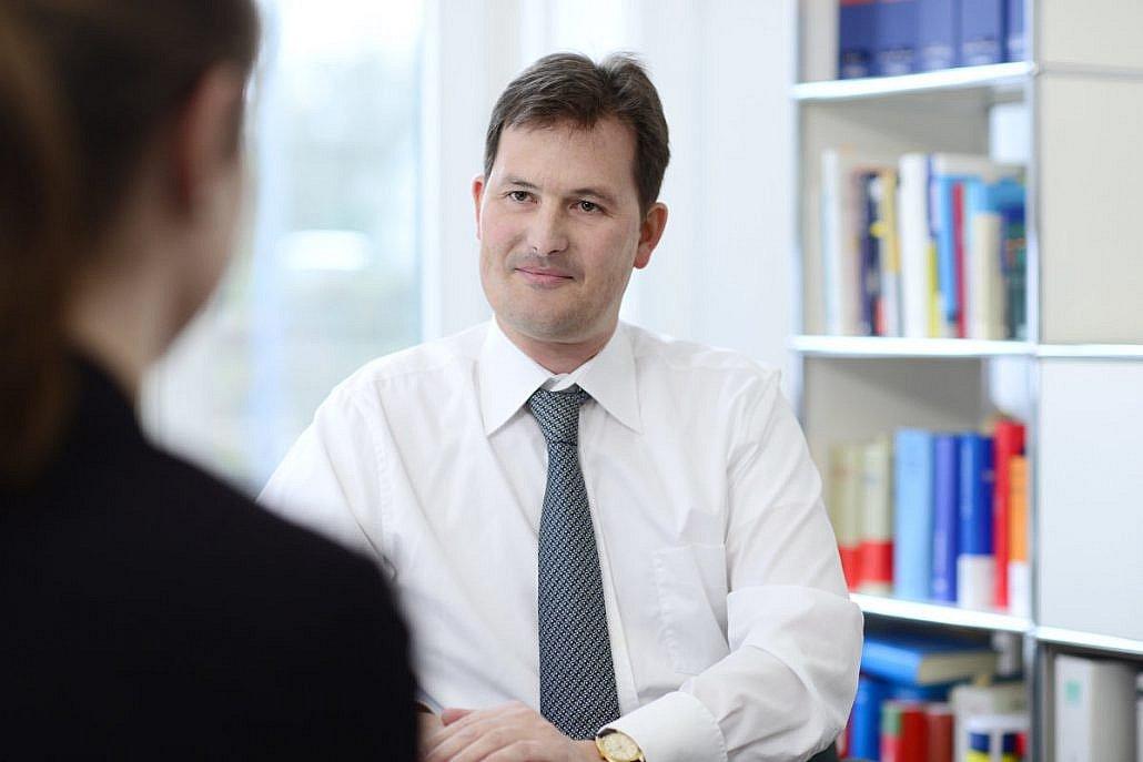Rechtsanwalt Nils Obenhaus